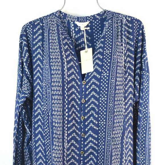 a47dc740fe6797 Lucky Brand Tops - Lucky Brand Women's Blue Geometric Print Boho Top